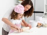 Готовим торт вместе с ребенком