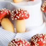 Печенье Грибочки (клубника и миндаль)