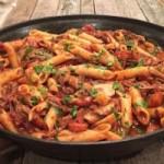 Рагу с говядиной, грибами и сыром рикотта