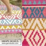 Вязаный коврик крючком с цветным рисунком от Drops