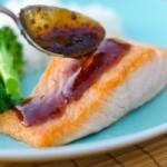 Жареный лосось с горчичным соусом