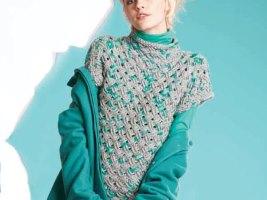 Женский свитер с коротким рукавом